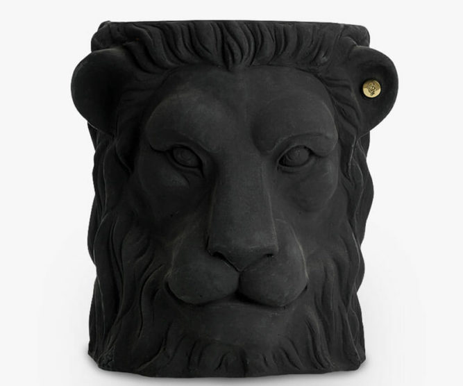 Garden-Glory-Lion-Pot-BIG---Black-spadeluxe-1