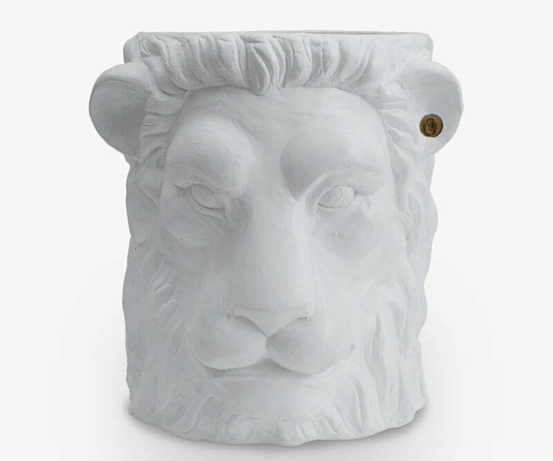 Garden-Glory-Lion-Pot-BIG---White-spadeluxe-1