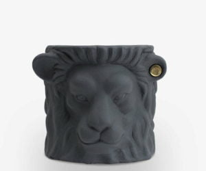 Garden-Glory-Lion-Pot-SMALL---Grey-spadeluxe-1