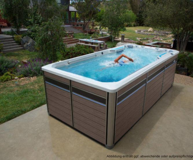 Spadeluxe X500 - Swimspa im Garten