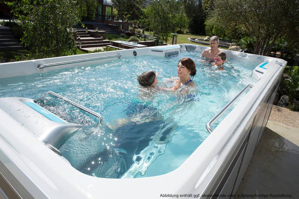 Endless Pools® Swim Spa E700