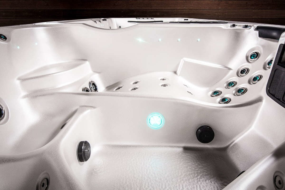 Swim Spa Vortex Hydrozone Lounge