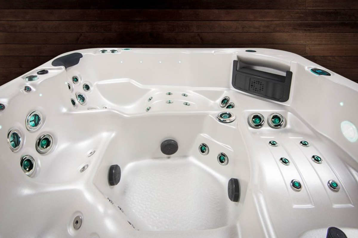 Whirlpool Vortex Cobalt Lounges