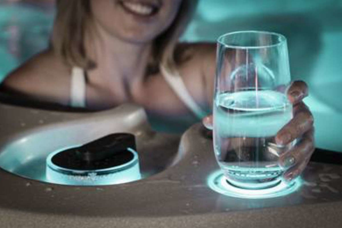 Whirlpool Vortex Neon Getränkehalter